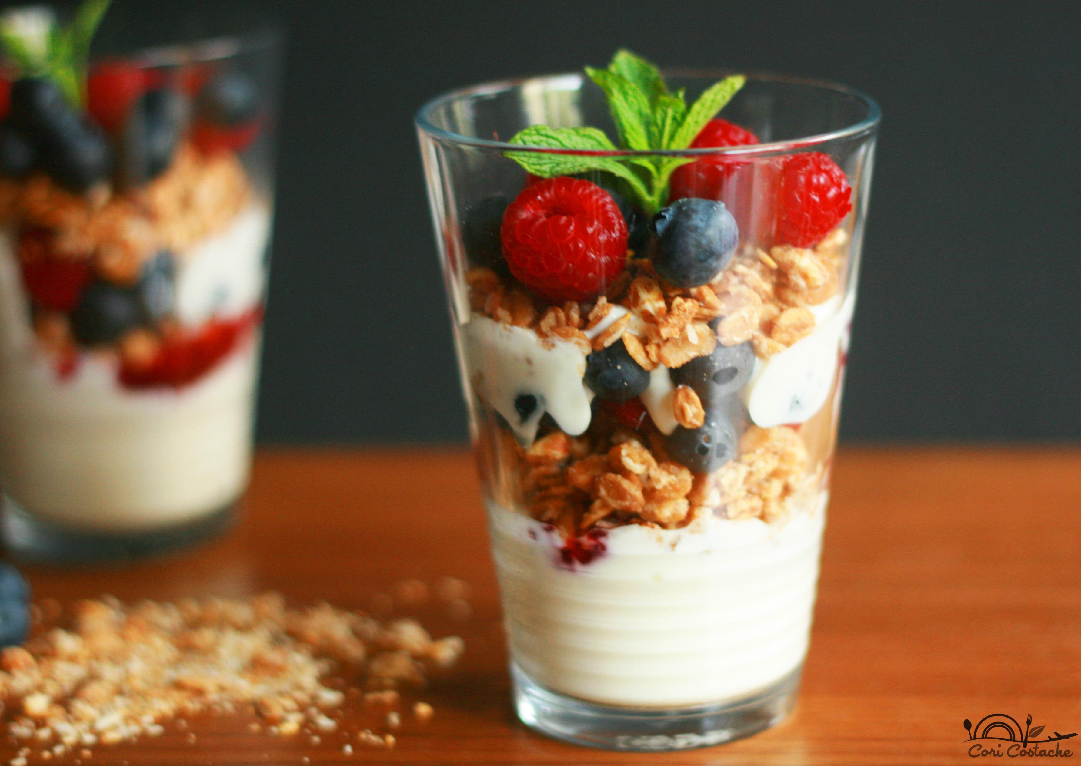 Morning glory Berry greek yougurt parfait