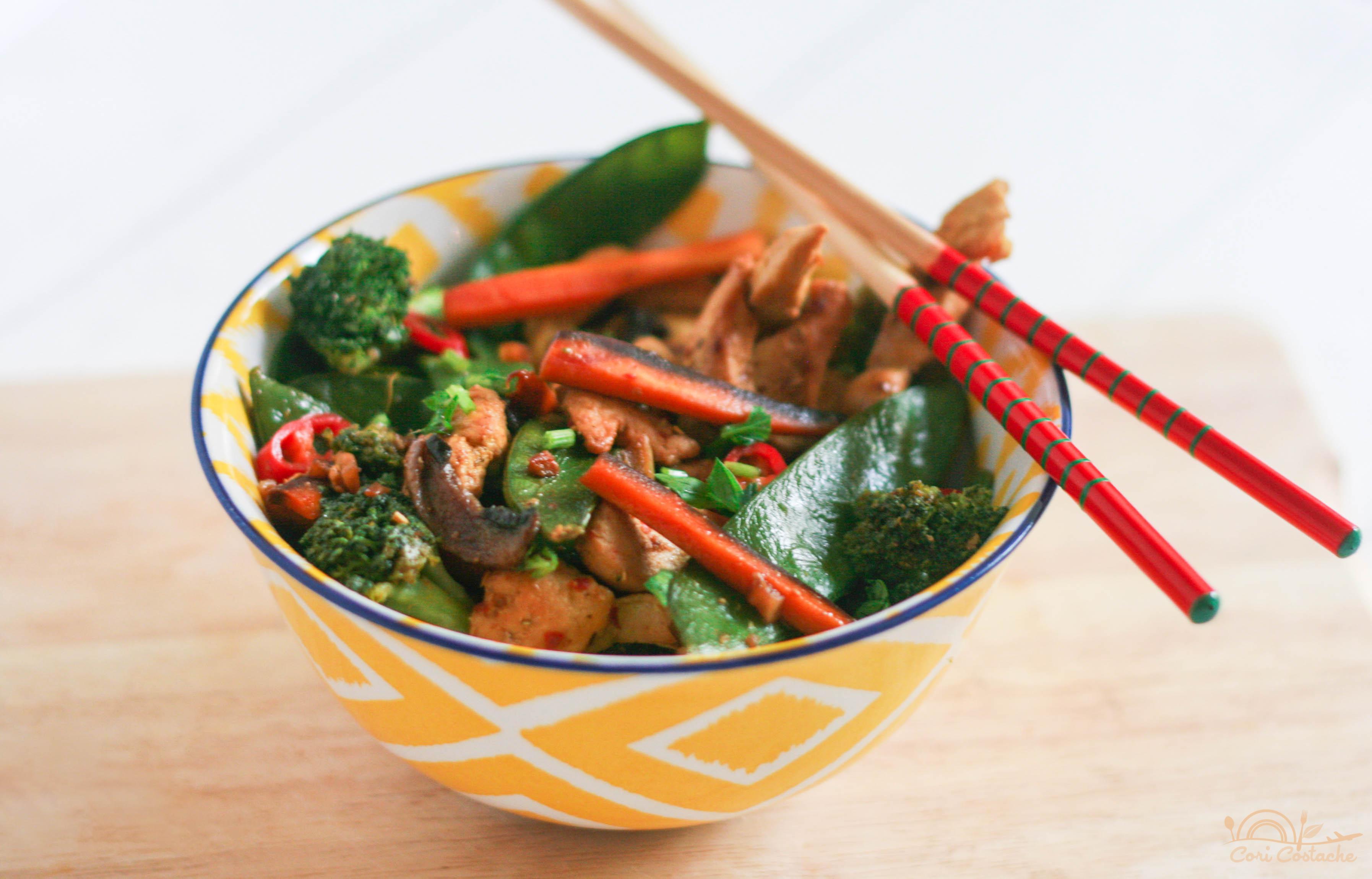 Easy Spicy Chicken & Veggie Stir Fry
